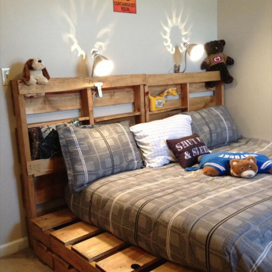 Pallet Bedroom Headboard With Storage
