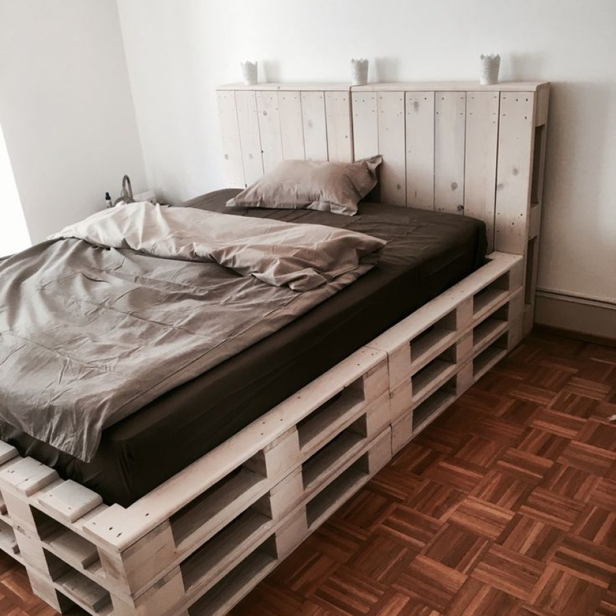 Vintage Pallet Bedroom Furniture